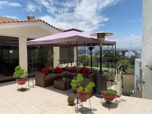 Hotel Casa Mores Inn