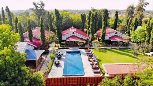 . Ruby True Hotel
