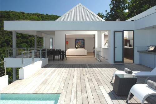 Dream Villa SBH Matajagui