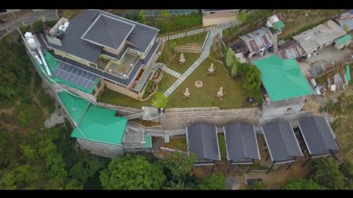 . Larisa Resort Mussoorie