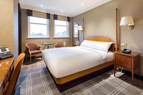 Radisson Blu Edwardian Hampshire Hotel, London - image 3