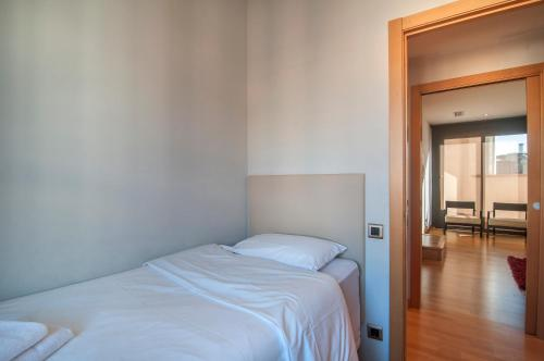 Tamarit Apartments photo 36