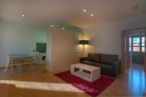 Tamarit Apartments photo 43