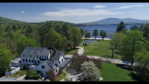 . Inn at Pleasant Lake