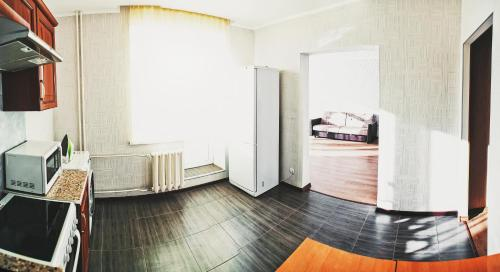 Two-Bedroom Apartment on Salmyshskaya street 43/1