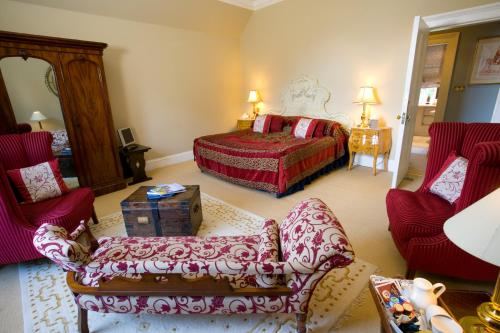 Ardanaiseig Hotel, Kilchrenan by Taynuilt, Argyll, PA35 1HE, Scotland.