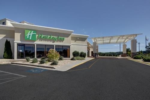 . Holiday Inn Staunton Conference Center, an IHG Hotel