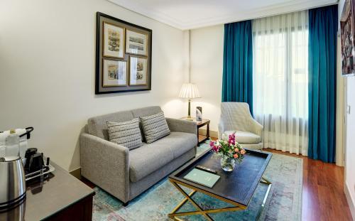 Sercotel Gran Hotel Conde Duque - image 10