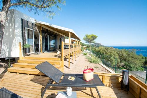2 Mobile Homes INCROYABLE VUE MER, AGAY - Camping - Saint-Raphaël
