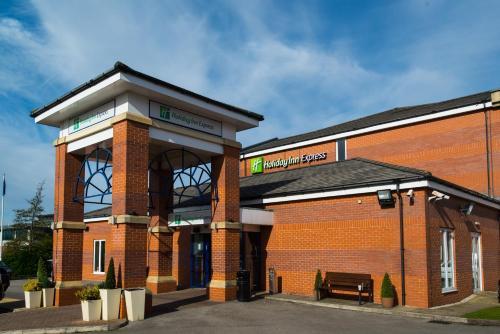 Holiday Inn Express Manchester East, an IHG Hotel