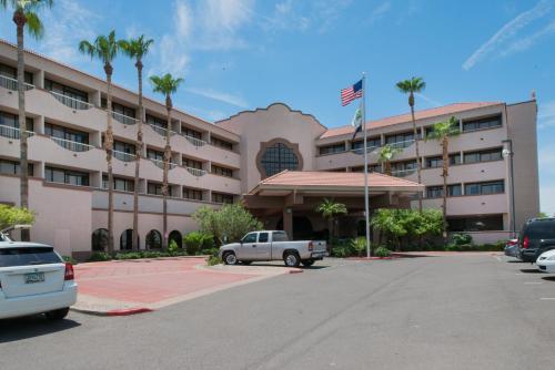 . Holiday Inn Phoenix West, an IHG hotel