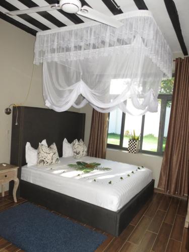 . Raffia resort