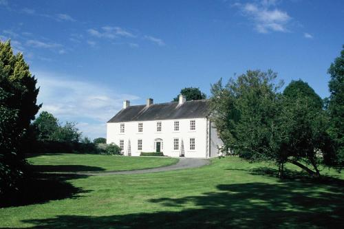. Ballymote Country House