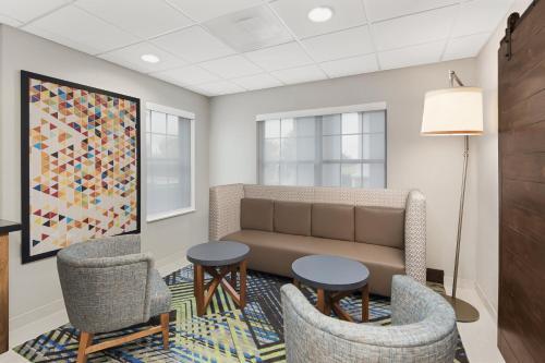 Holiday Inn Express Hotel & Suites Byron - Byron, GA GA 31008
