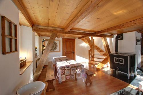 Accommodation in La Tine