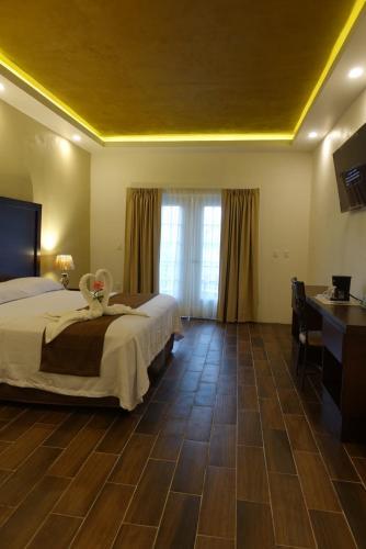 Hotel Camponuevo - Photo 4 of 23