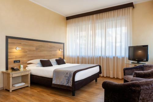 Augustus - Hotel - Biella