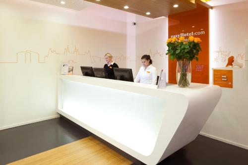 easyHotel Amsterdam City Centre South photo 52