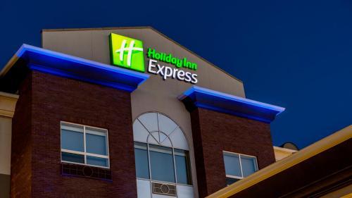 Holiday Inn Express Airdrie - Airdrie, AB T4A 2G8