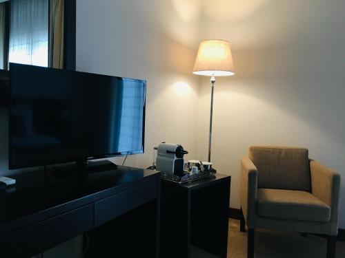 Hotel Sj - Photo 8 of 60