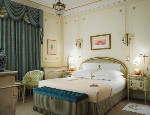 150 Piccadilly, Westminster, London W1J 9BR, England.