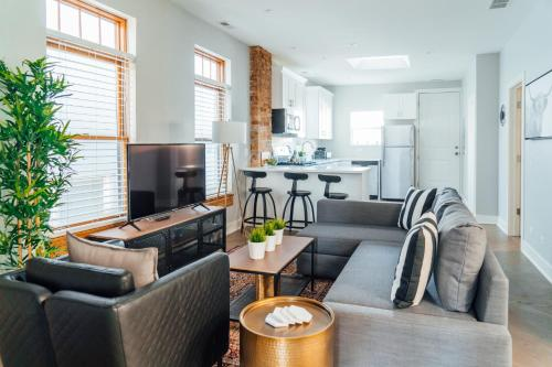 Top 12 Chicago Marshall Field Garden Apartments Vacation Rentals