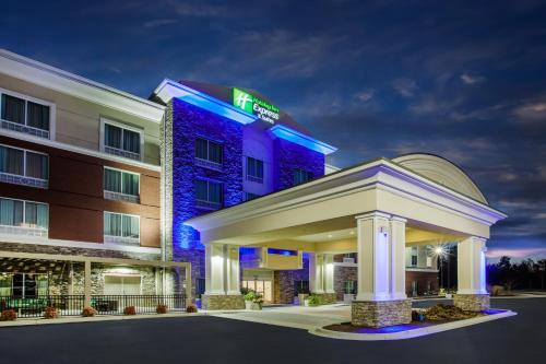 Holiday Inn Express & Suites Lexington Park California, an IHG hotel - Hotel - California