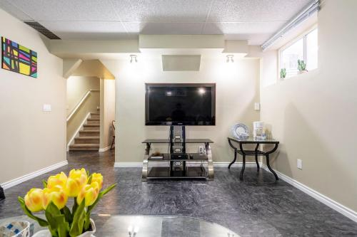 Bridlewood Home - Calgary, AB T2Y 4V4
