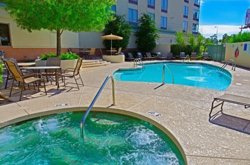 Holiday Inn Phoenix Airport - Phoenix, AZ AZ 85040