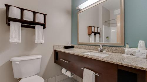 2 Queen Beds Extended Stay Suite Non-Smoking