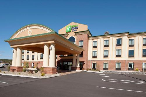 . Holiday Inn Express Hotel & Suites Clearfield, an IHG Hotel