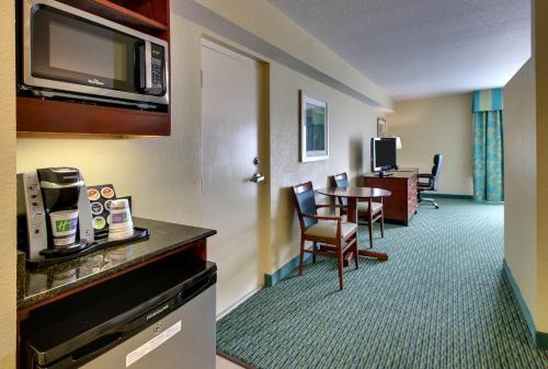 Holiday Inn Resort Orlando - Lake Buena Vista - Lake Buena Vista, FL FL 32821