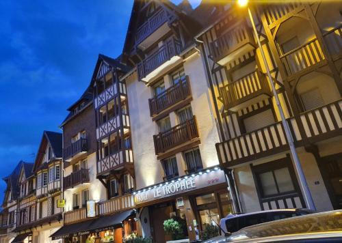 Le Trophée By M Hôtel Spa