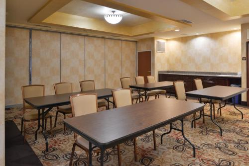 Holiday Inn Express Hotel & Suites El Centro - El Centro, CA CA 92243