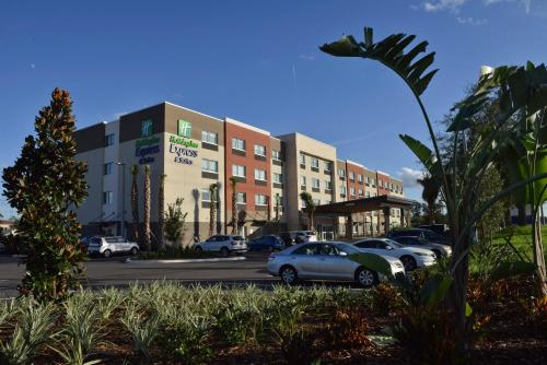 Holiday Inn Express & Suites - Orlando - Lake Nona Area