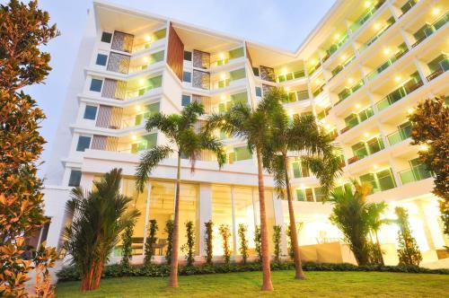 Vareena Palace Hotel Pattaya Chonburi Vareena Palace Hotel Pattaya Chonburi