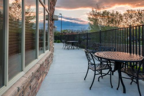 Holiday Inn Hotel & Suites Grand Junction-Airport - Grand Junction, CO CO 81506