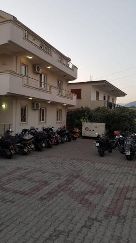 Hotel Emigranti, Shkodrës