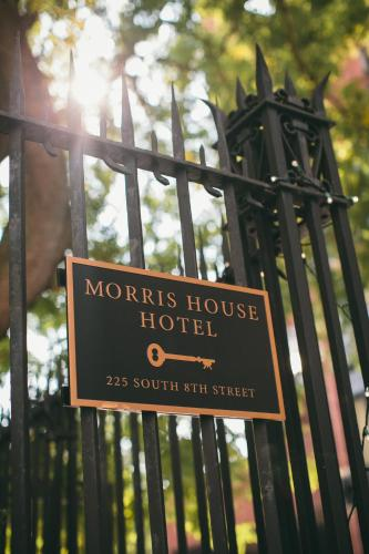 Morris House Hotel - Bed And Breakfast - Philadelphia, PA 19106