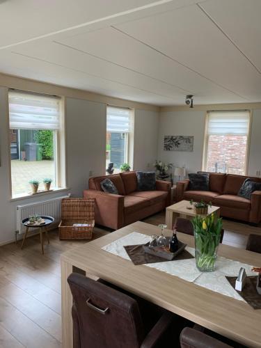 Skoallehus vakantiewoning, Pension in De Bult bei Steenwijk