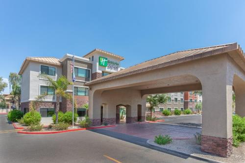 . Holiday Inn Express and Suites Phoenix Tempe - University, an IHG hotel