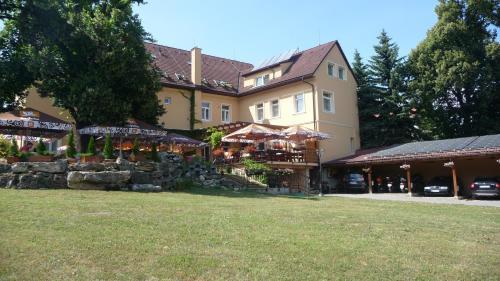 . Hotel Lipa