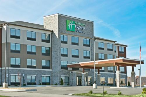 . Holiday Inn Express & Suites Uniontown, an IHG Hotel