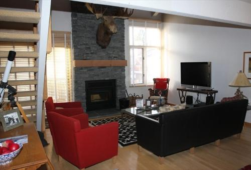 Mammoth Creek Condos - Mammoth Lakes, CA 93546