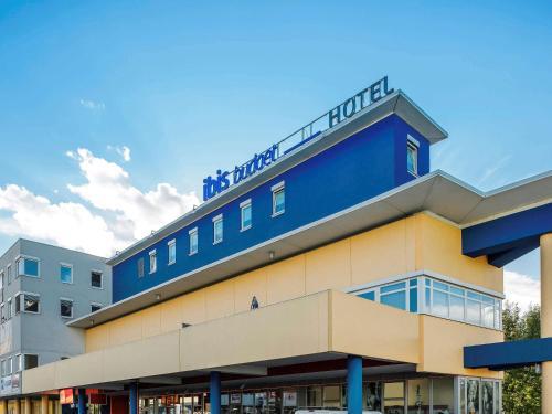 Ibis Budget Salzburg Airport - Hotel - Salzburg