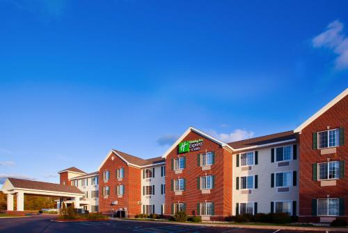 . Holiday Inn Express Hotel & Suites Acme-Traverse City, an IHG Hotel