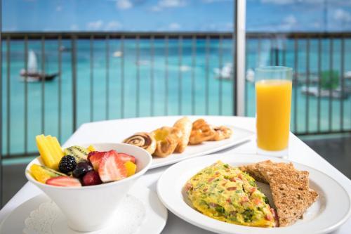 Holiday Inn Resort Aruba - Beach Resort & Casino - Photo 1 of 72