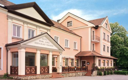 . Hotel Marc Aurel