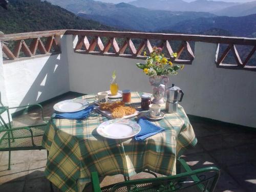 Accommodation in Benalauría