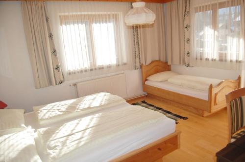 Pension Marienhof - Accommodation - Nassfeld Hermagor